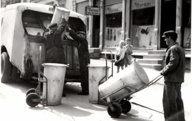 Søppeltømming: Standardisering av beholdere og biler
