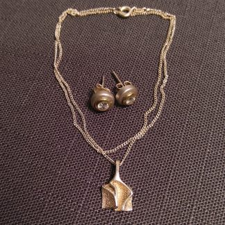 Smykke og øredobber i sølv