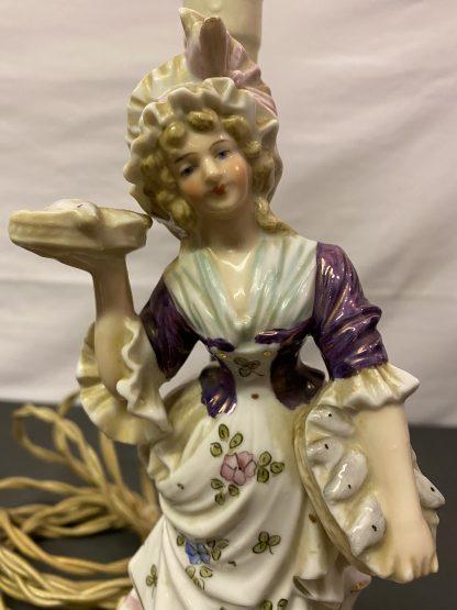 Vintage bordlampe porselensfigur 1