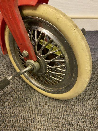 Eldre Tippo trehjulssykkel 3