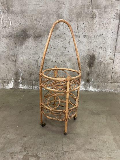 Liten barvogn i bambus