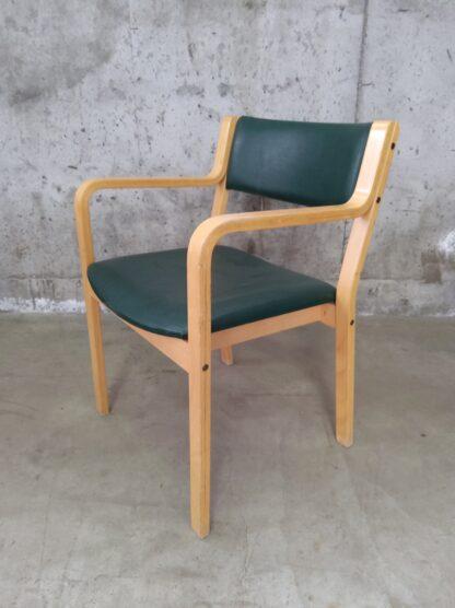Retro Skandi-form stol 1