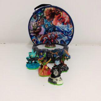 Skylanders pakke med 5 figurer og portal