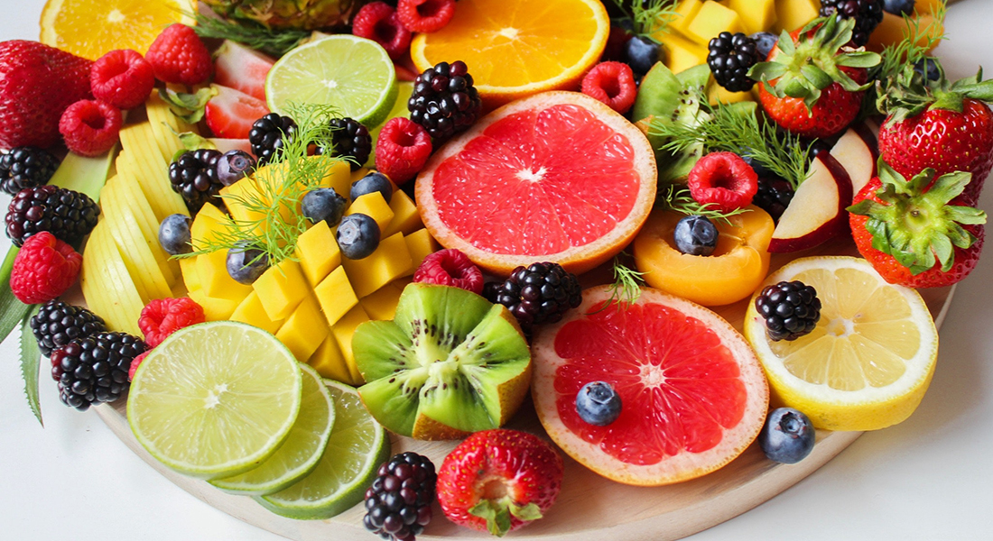 Fargerik fruktsalat